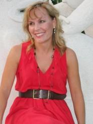 Lori_LOWE Red_Dress_50