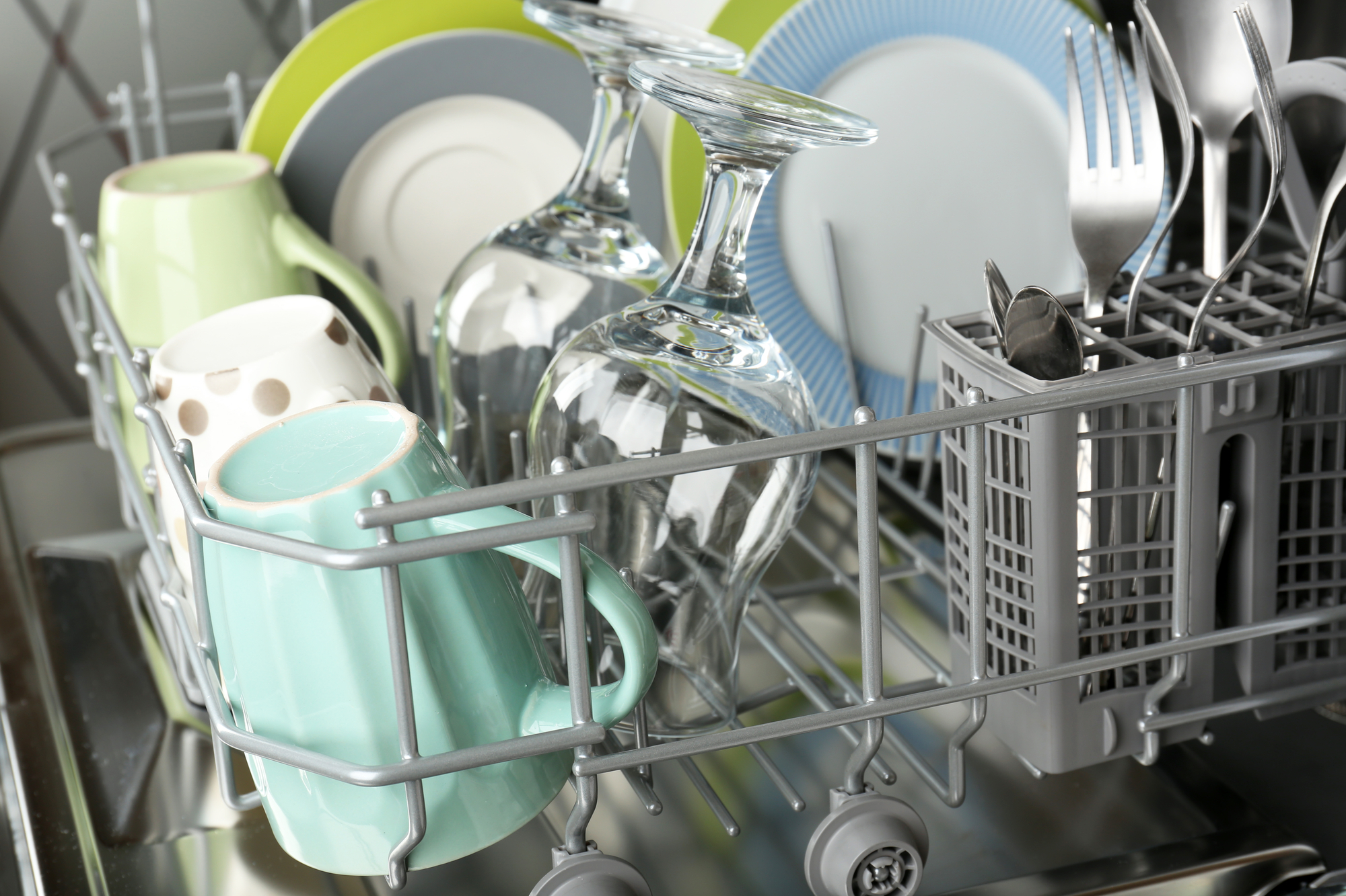 loading-dishwasher